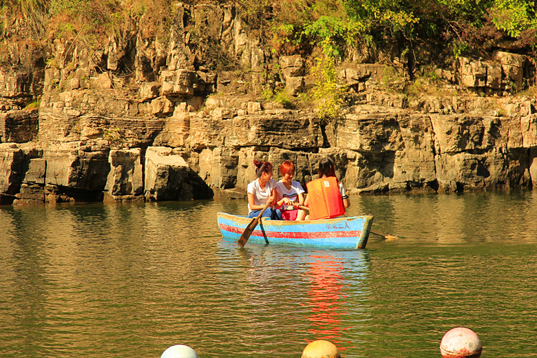 The Longqing Gorge Travel Guide