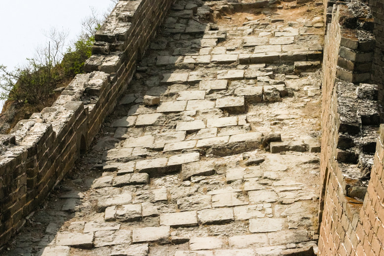 Great Wall of China hike safety tips