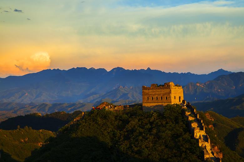 The Great Wall in the evening, a beautiful sunset