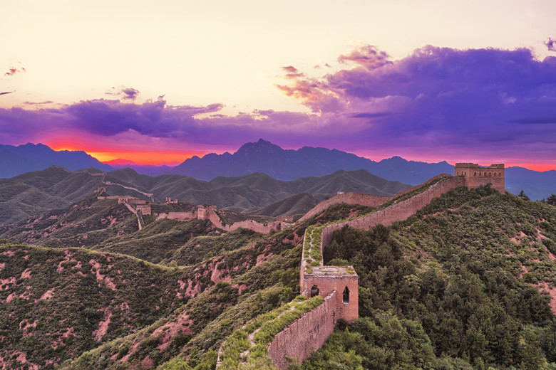 skyline and great wall