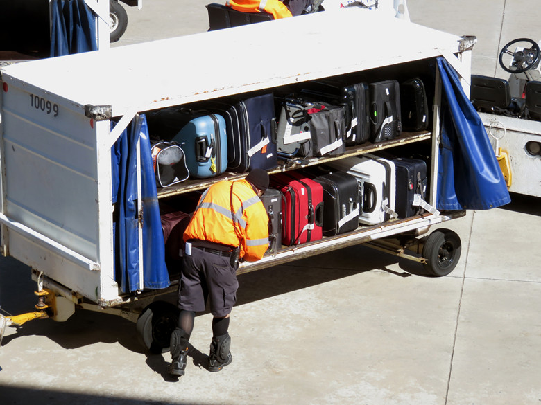 Things You Need to do If an Airline Loses Your Luggage